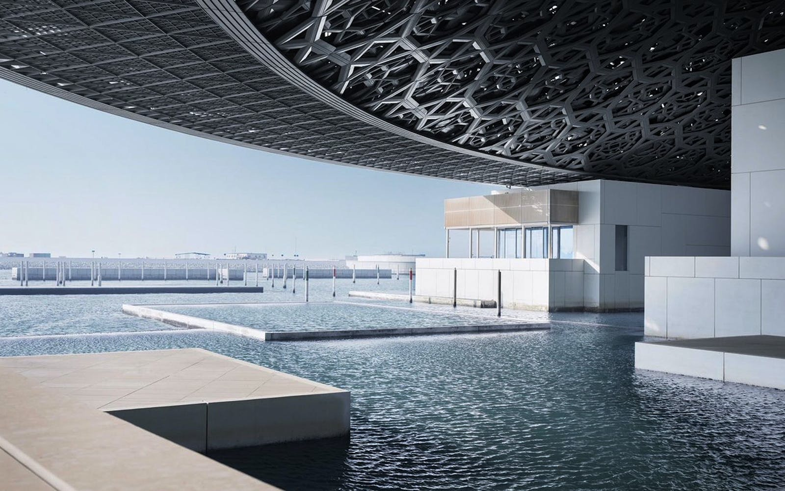 official guided tour of louvre abu dhabi-4