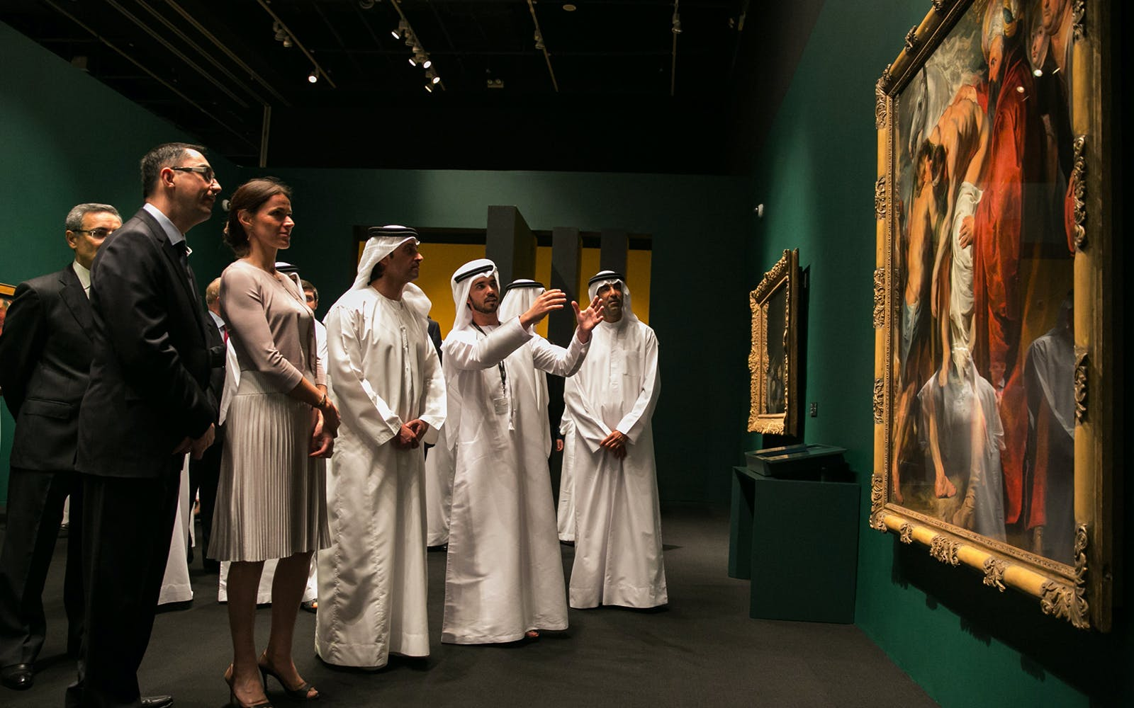 official guided tour of louvre abu dhabi-5
