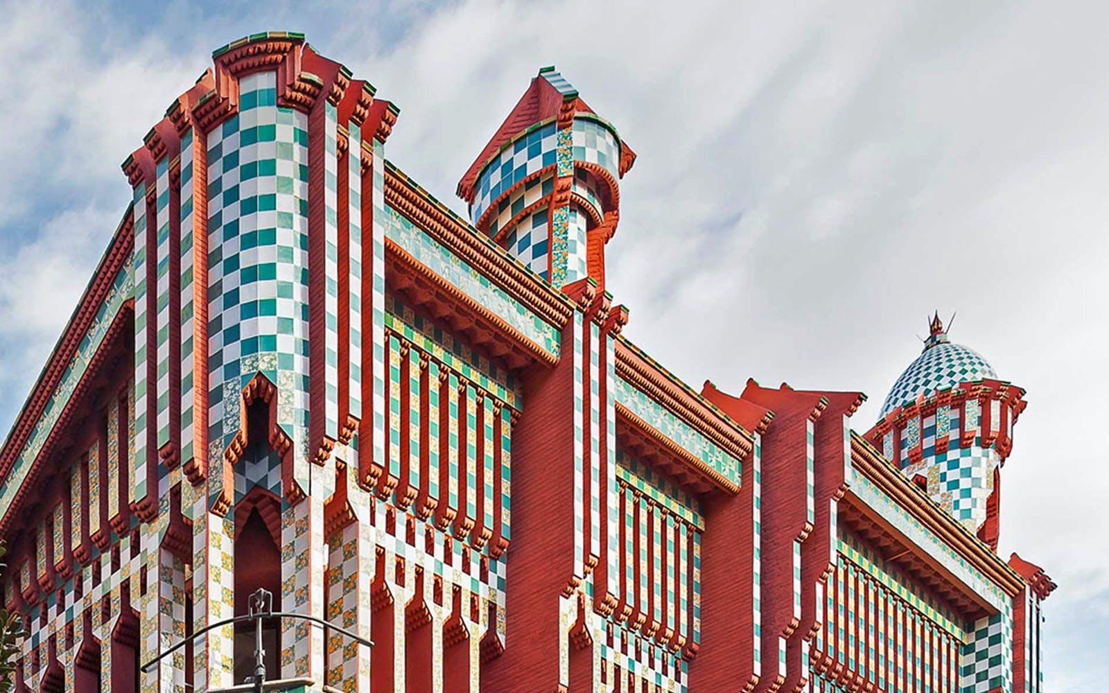 gaudi barcelona architecture