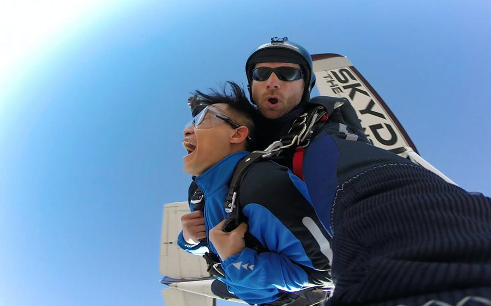GC SkyDiving Experience with Full Day South Rim Bus Tour