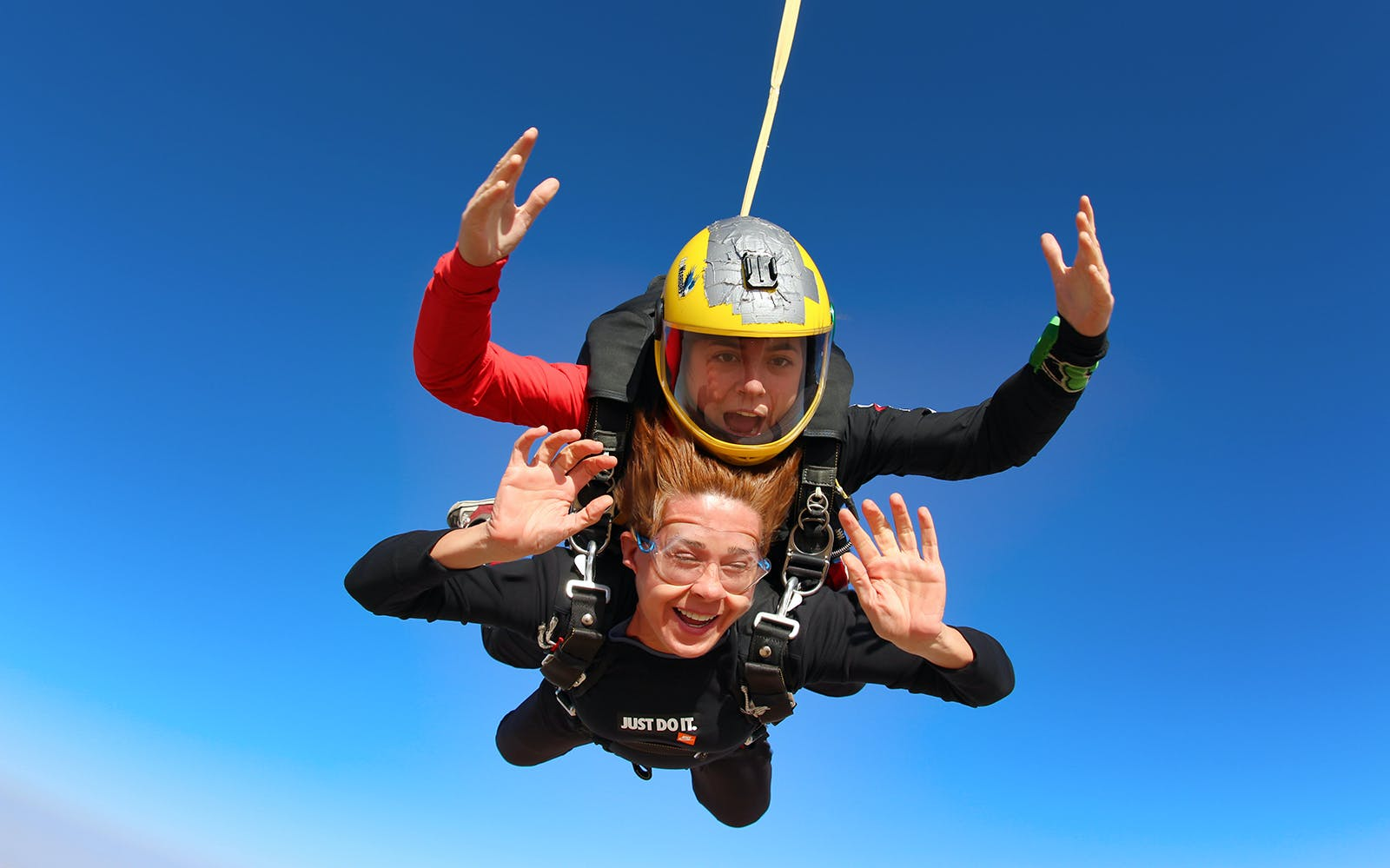 tandem skydiving at desert campus drop zone + free burj khalifa or desert safari-2