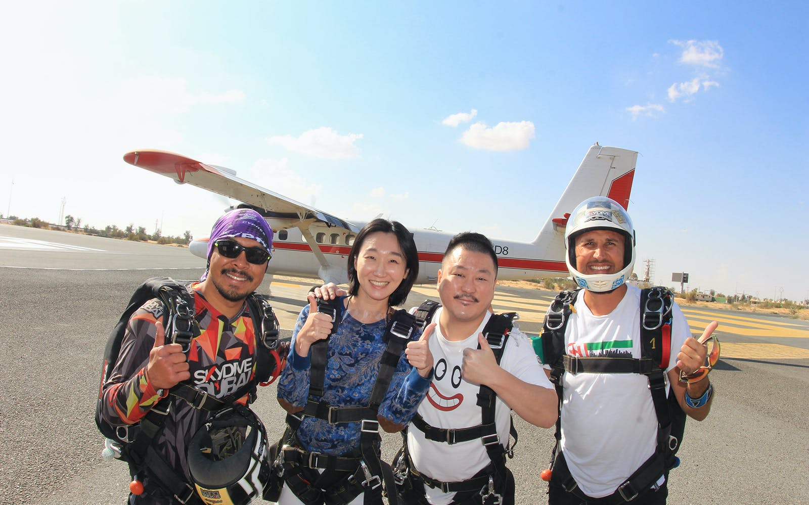 tandem skydiving at desert campus drop zone + free burj khalifa or desert safari-3