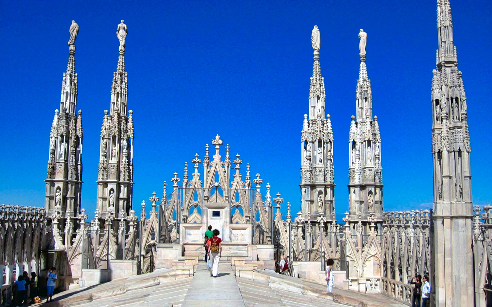 57566c9a 00a9 4fd2 85a8 33b5bd4fd1a9  duomo and milan walking tour 02
