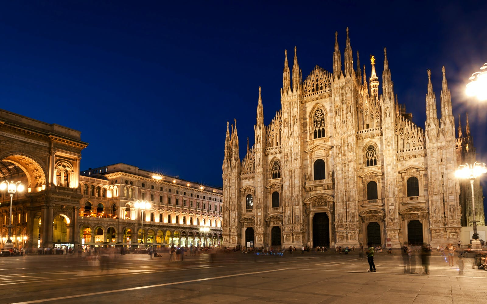best of milan by night with rooftop aperitivoo and appetizers -2