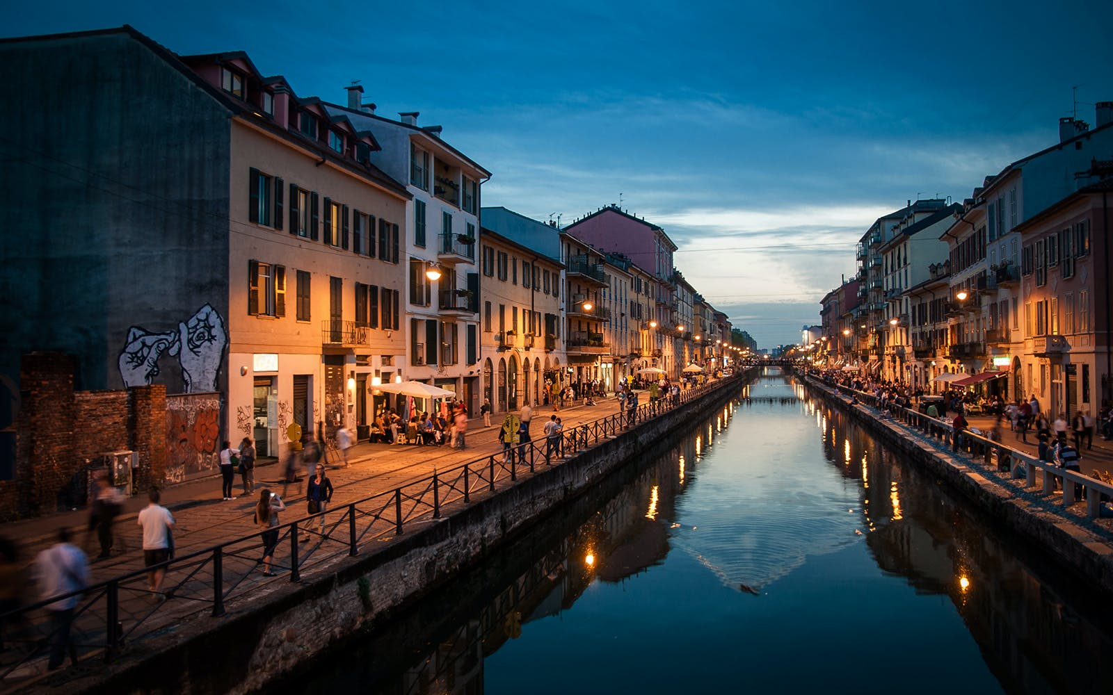 Milan Food and Wine Experience on the Ancient Canals