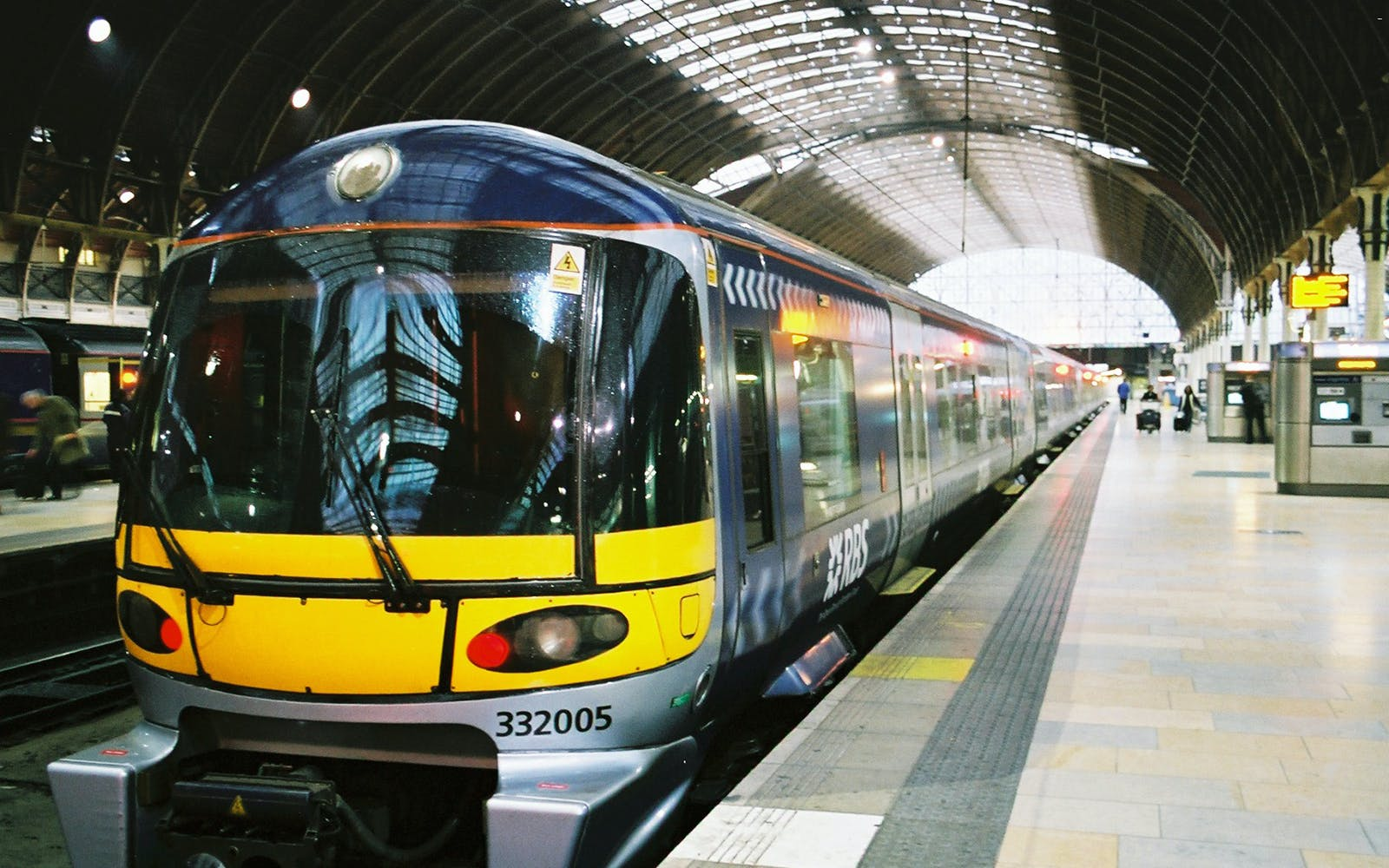 London Heathrow Express Train to/from Central London