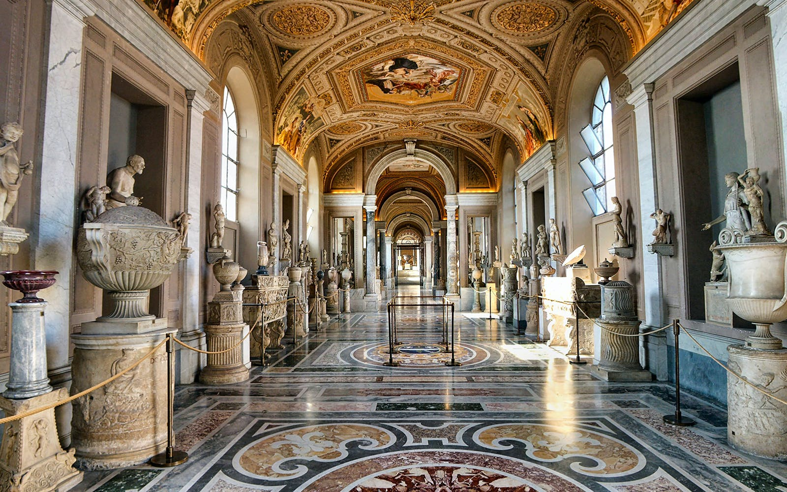 vip vatican breakfast tour with museums, sistine chapel & st. peter's basilica-1