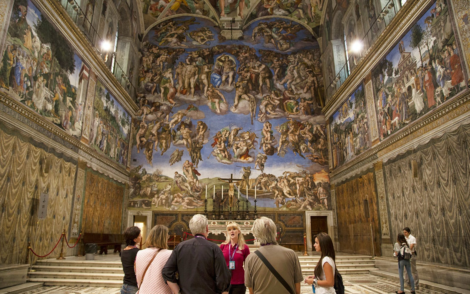 vip vatican breakfast tour with museums, sistine chapel & st. peter's basilica-3