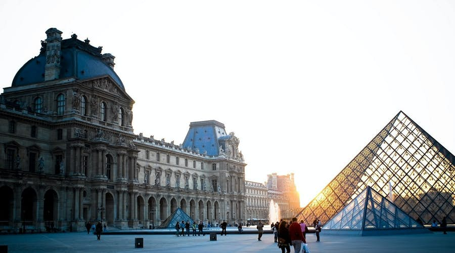 best tours in paris