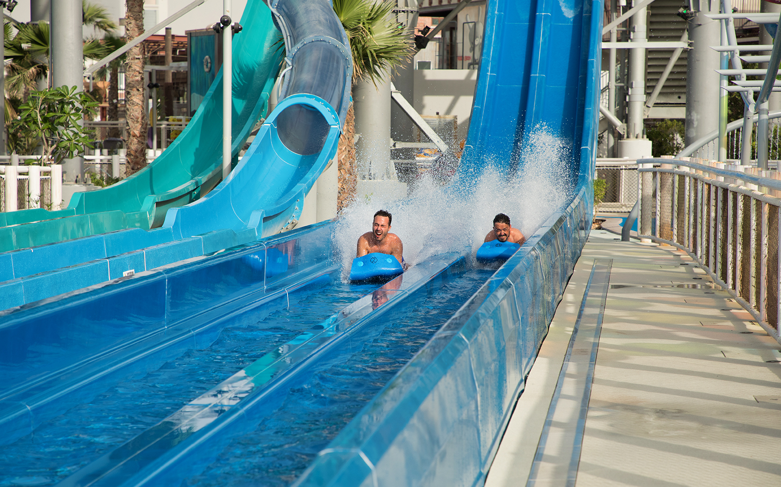 Ice-Land-Water-Park-Coral-Isle