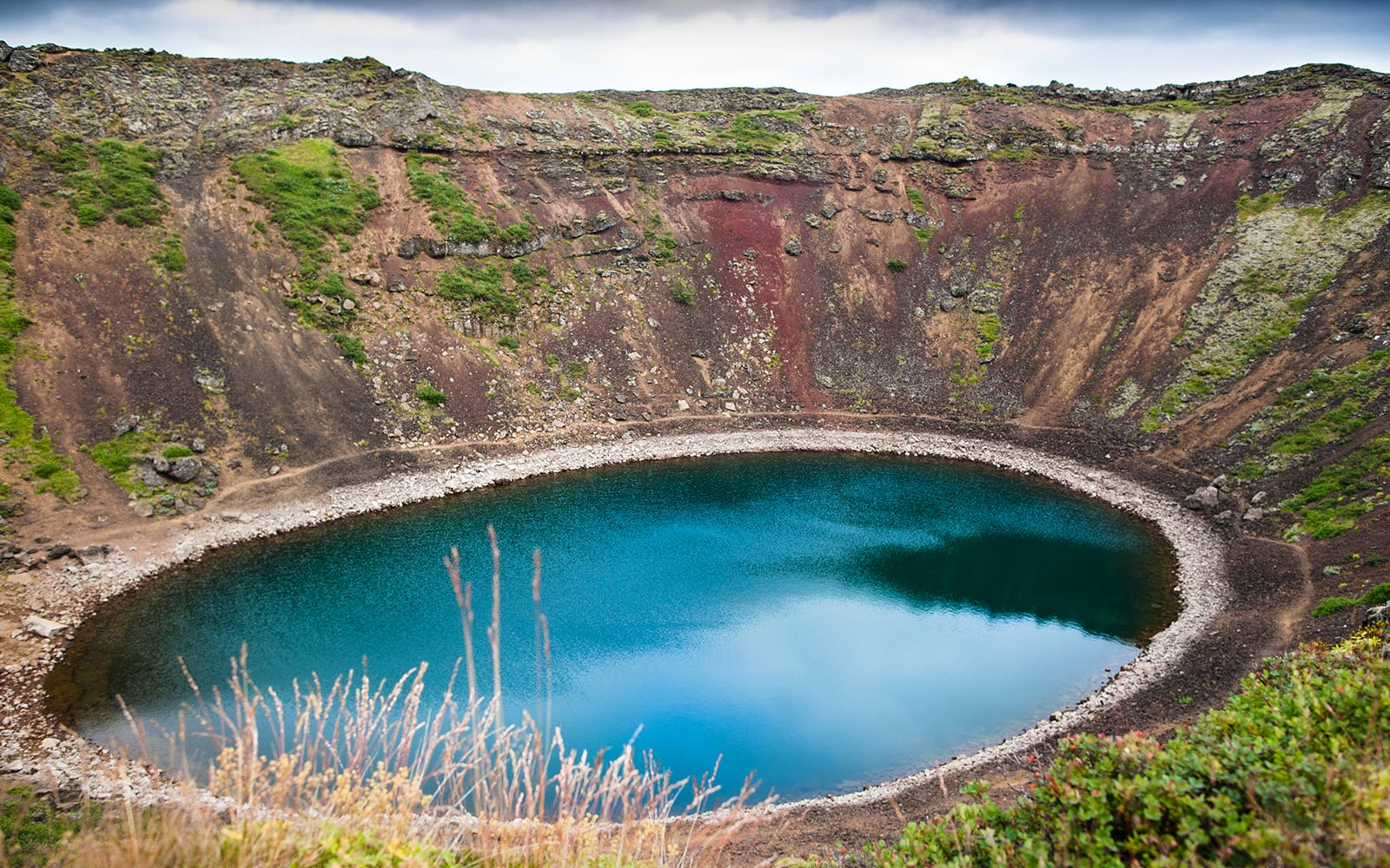 golden circle bus tour including kerid volcano crater-2