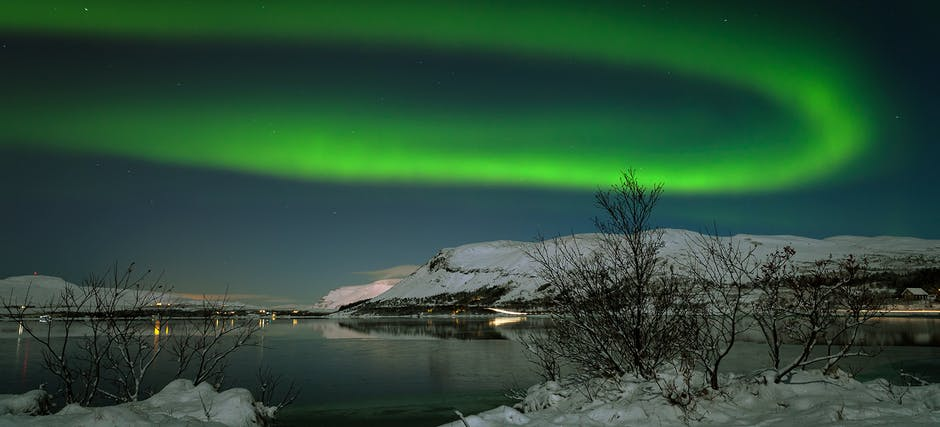 Southern Iceland Lava Fields, Glaciers & Beaches Tour with Northern Lights