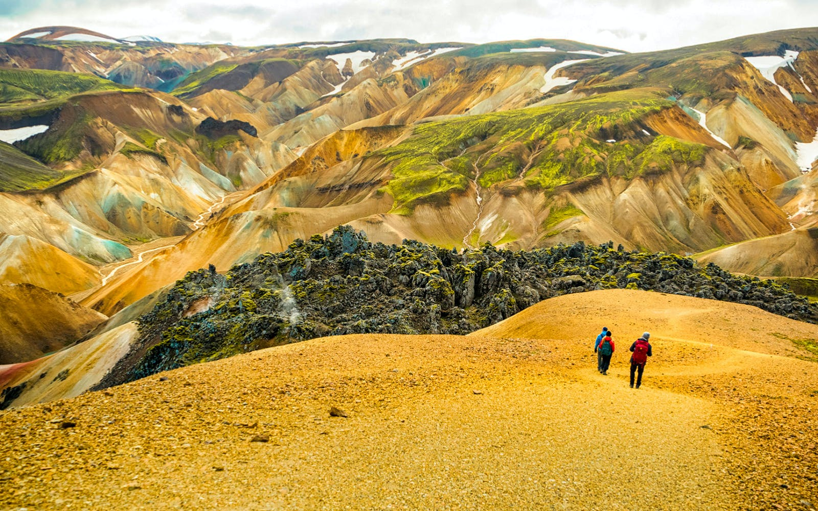 solo hiking tour of the landmannalaugar highlands-3