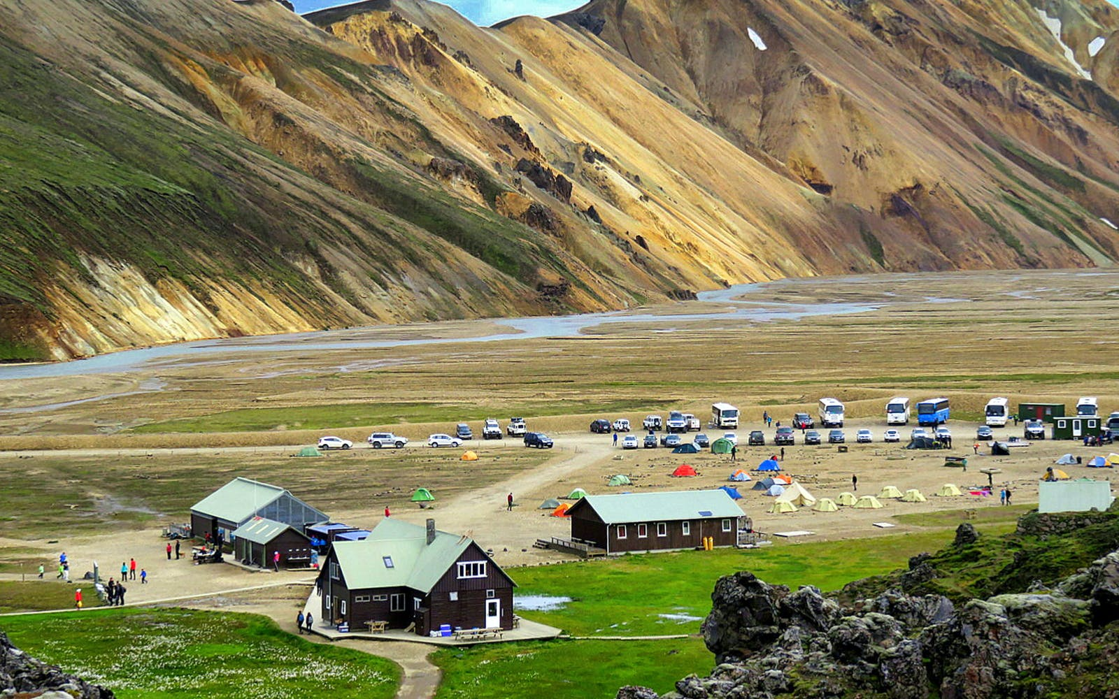 solo hiking tour of the landmannalaugar highlands-2