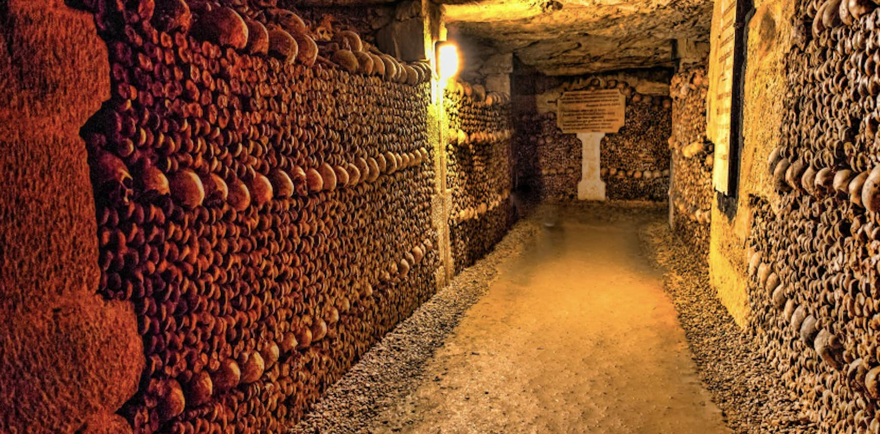 paris tour - catacombs