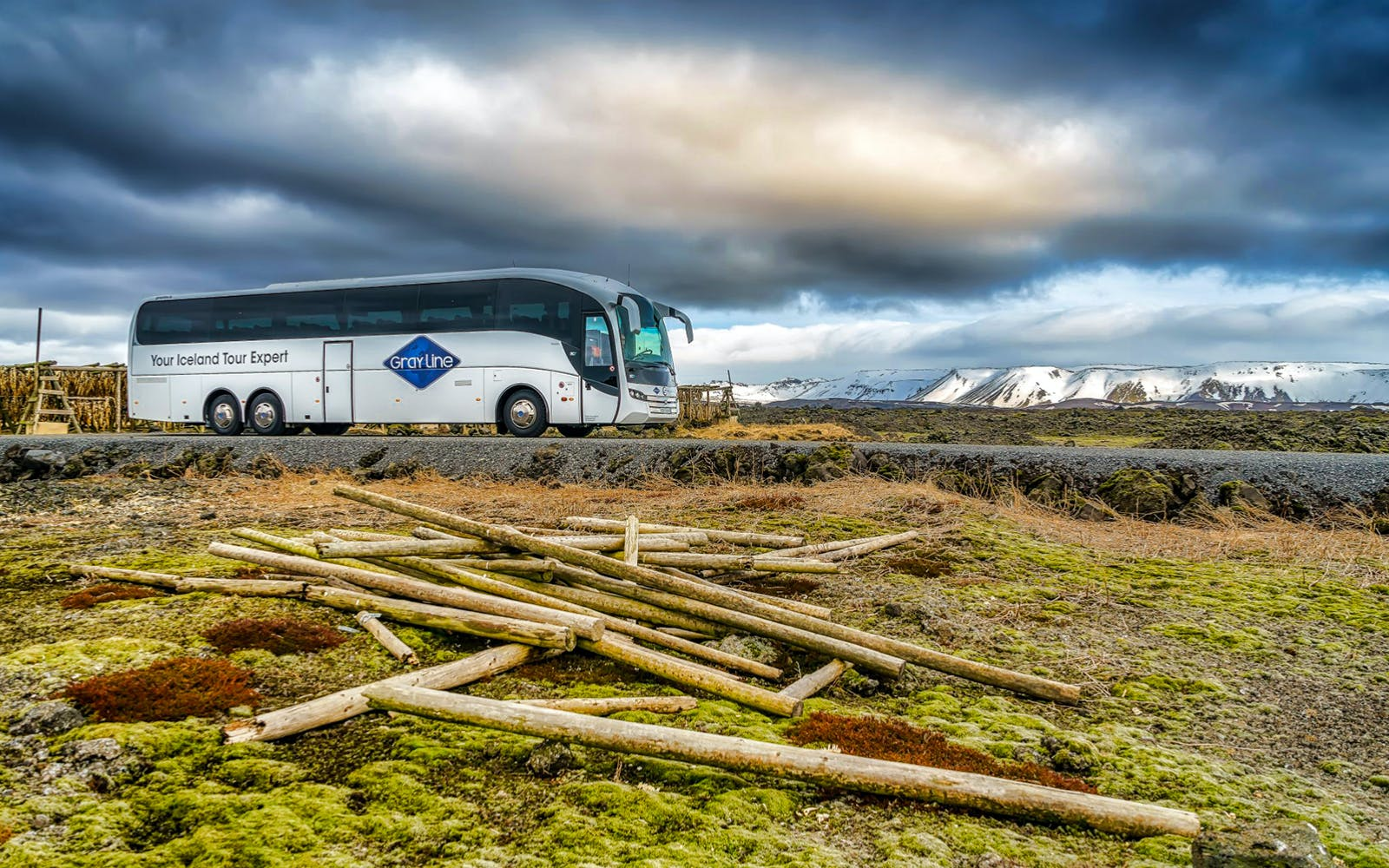 Reykjavik to Keflavik Airport with Hotel Pick Up