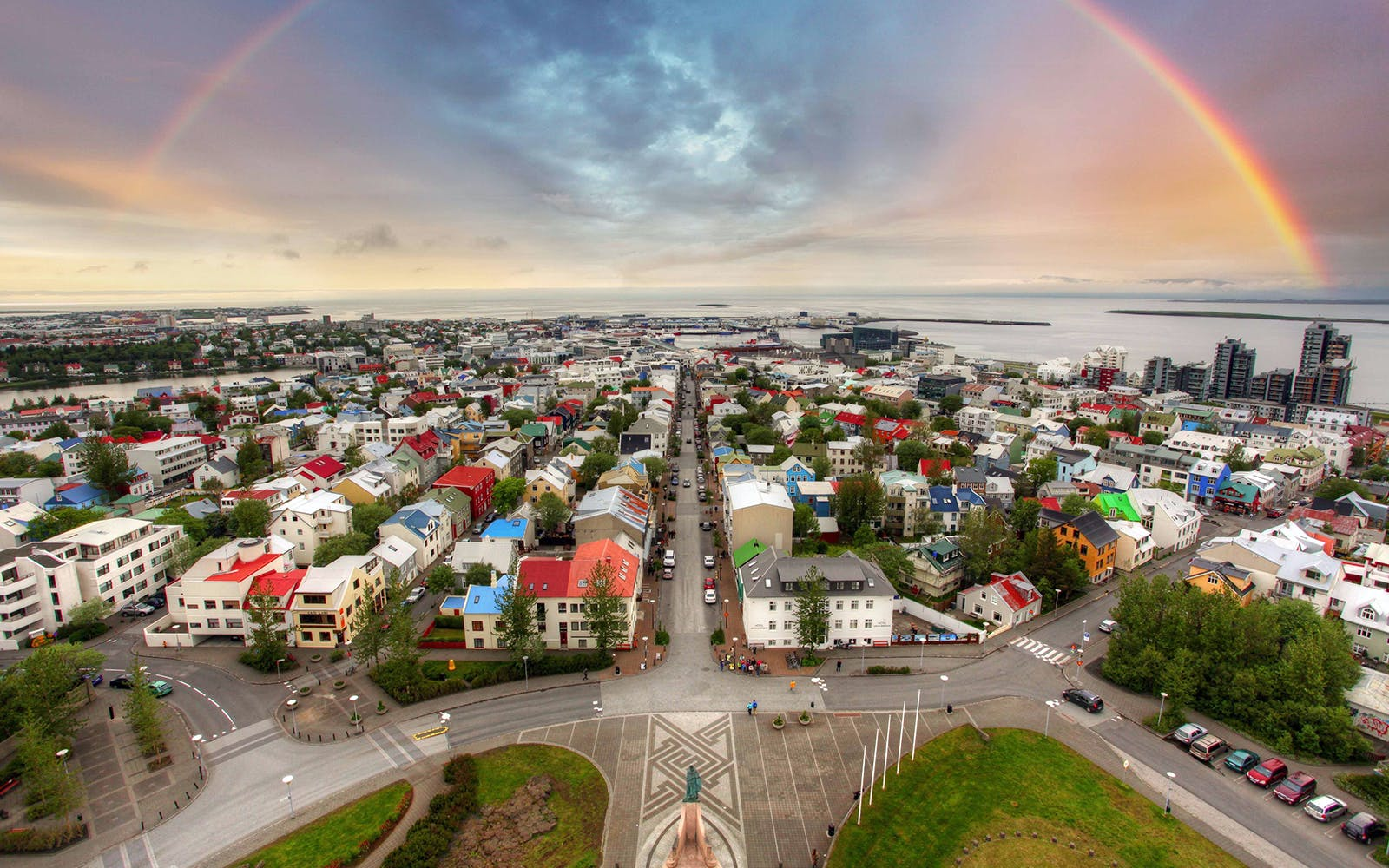 full day tour of reykjavik city and golden circle -4