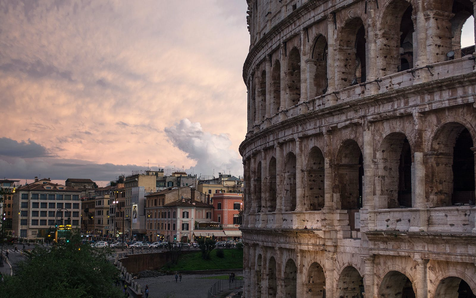 Escorted Entry to Colosseum, Roman Forum & Palatine Hill Package