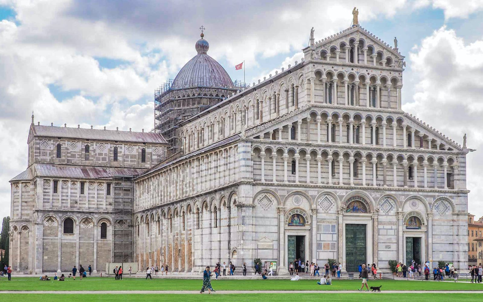 half day guided tour of pisa through the tuscan countryside-3