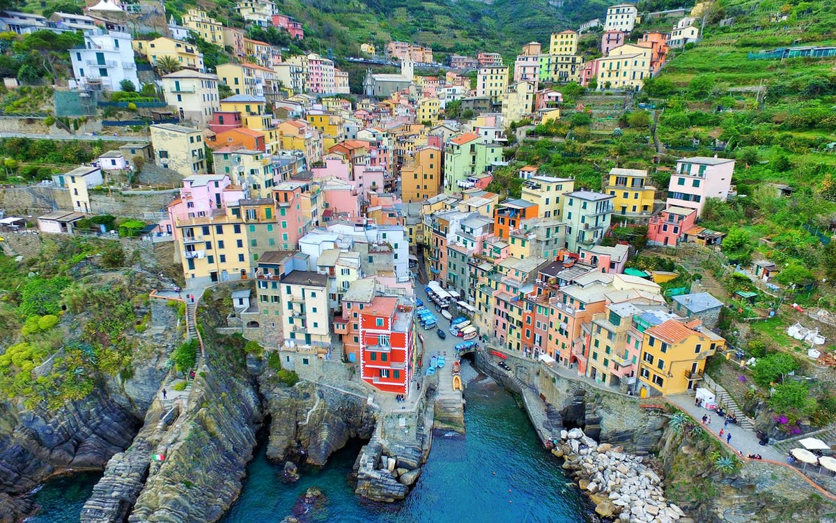 escorted full day tour of cinque terre from florence-2