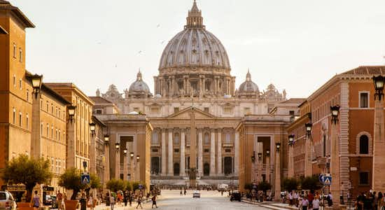 Vatican Skip the Line & Sightseeing Hop-On Hop-Off Bus Tour