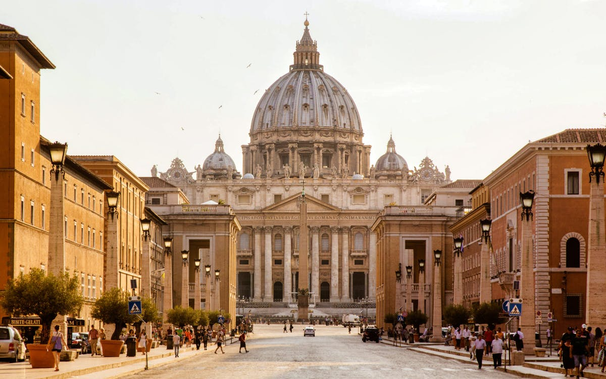 vatican skip the line & sightseeing hop on hop off bus tour-1