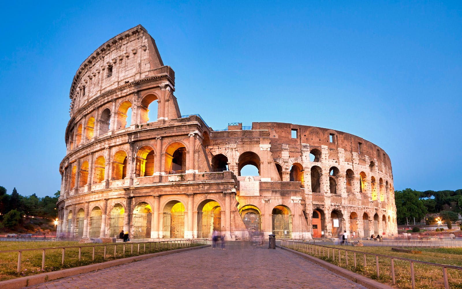 rome sightseeing pass: vatican, colosseum, public transport & hop on hop off-3