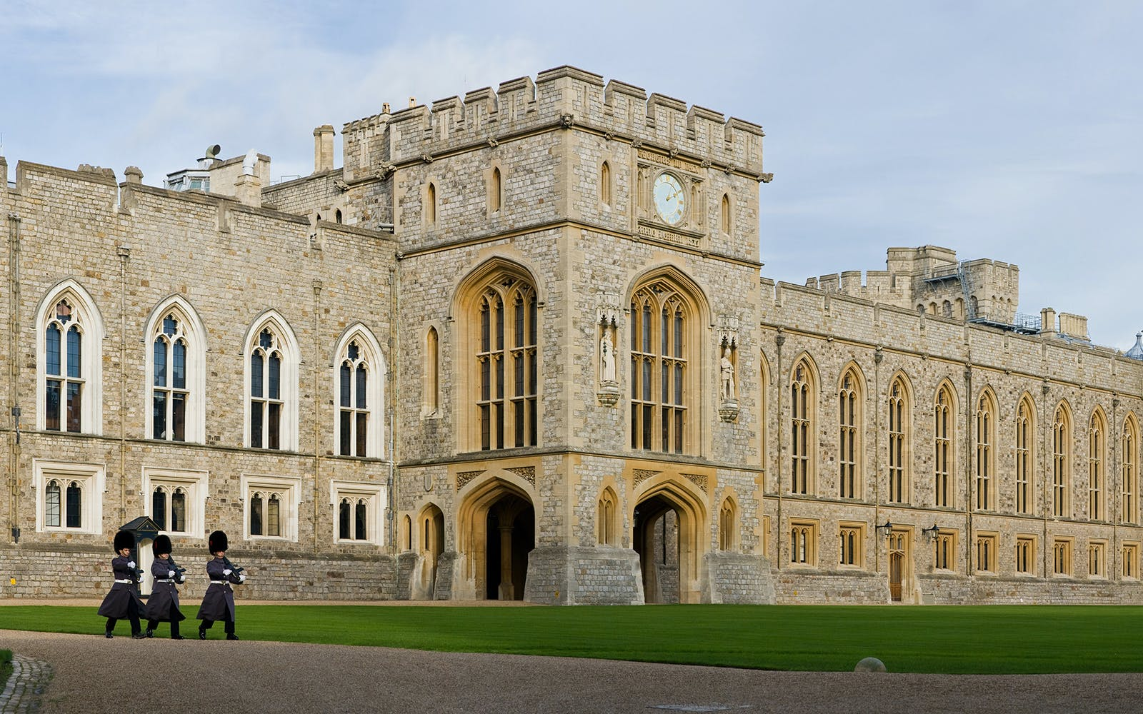 Windsor Castle Entrance Tickets with Windsor Duck Tour
