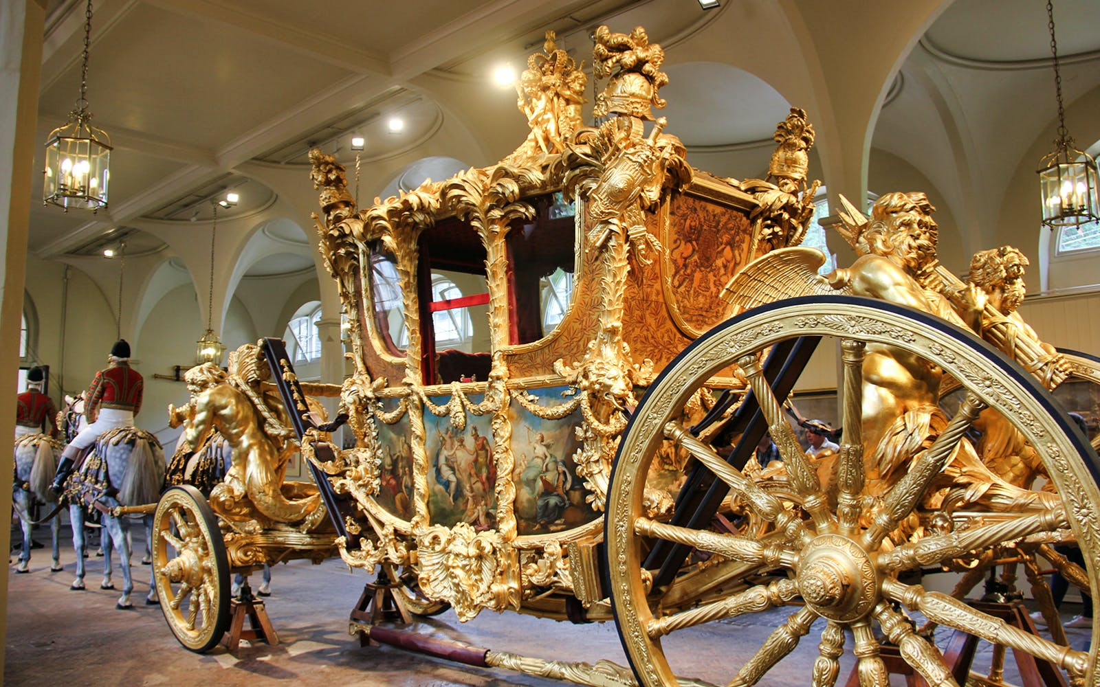 entrance tickets to the royal mews of the buckingham palace-3