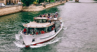 Seine River Sightseeing Cruise with Champagne