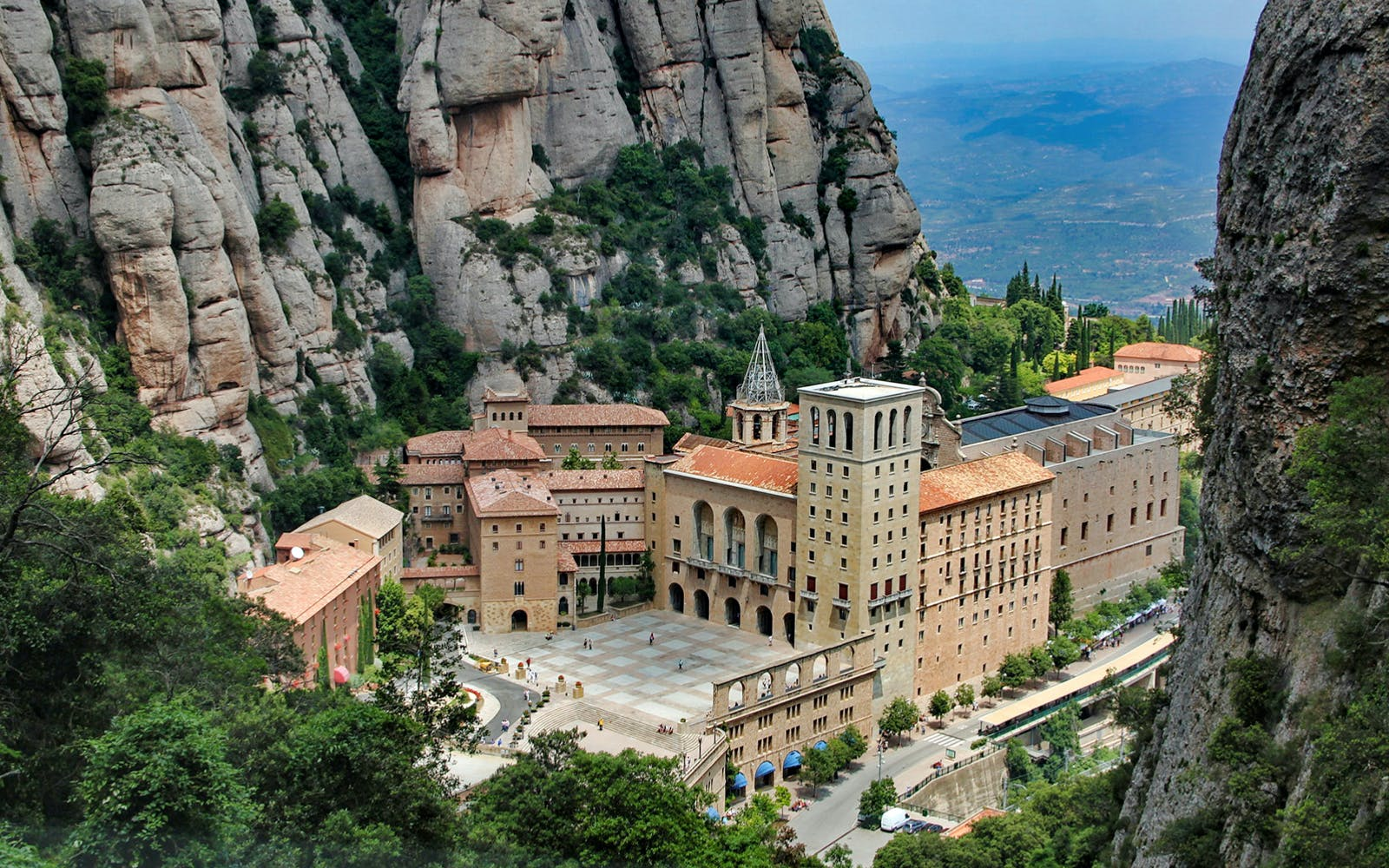 girona + montserrat with cog-wheel train from barcelona-3