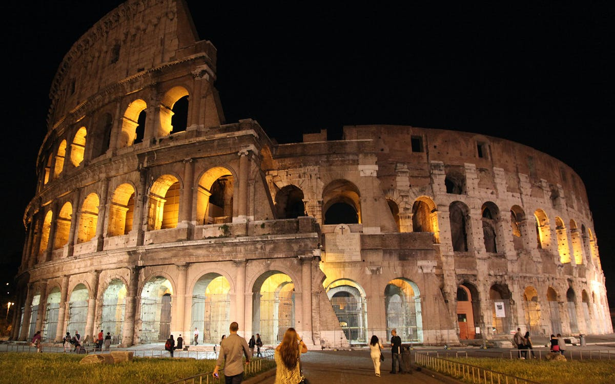 discover rome night tour-1