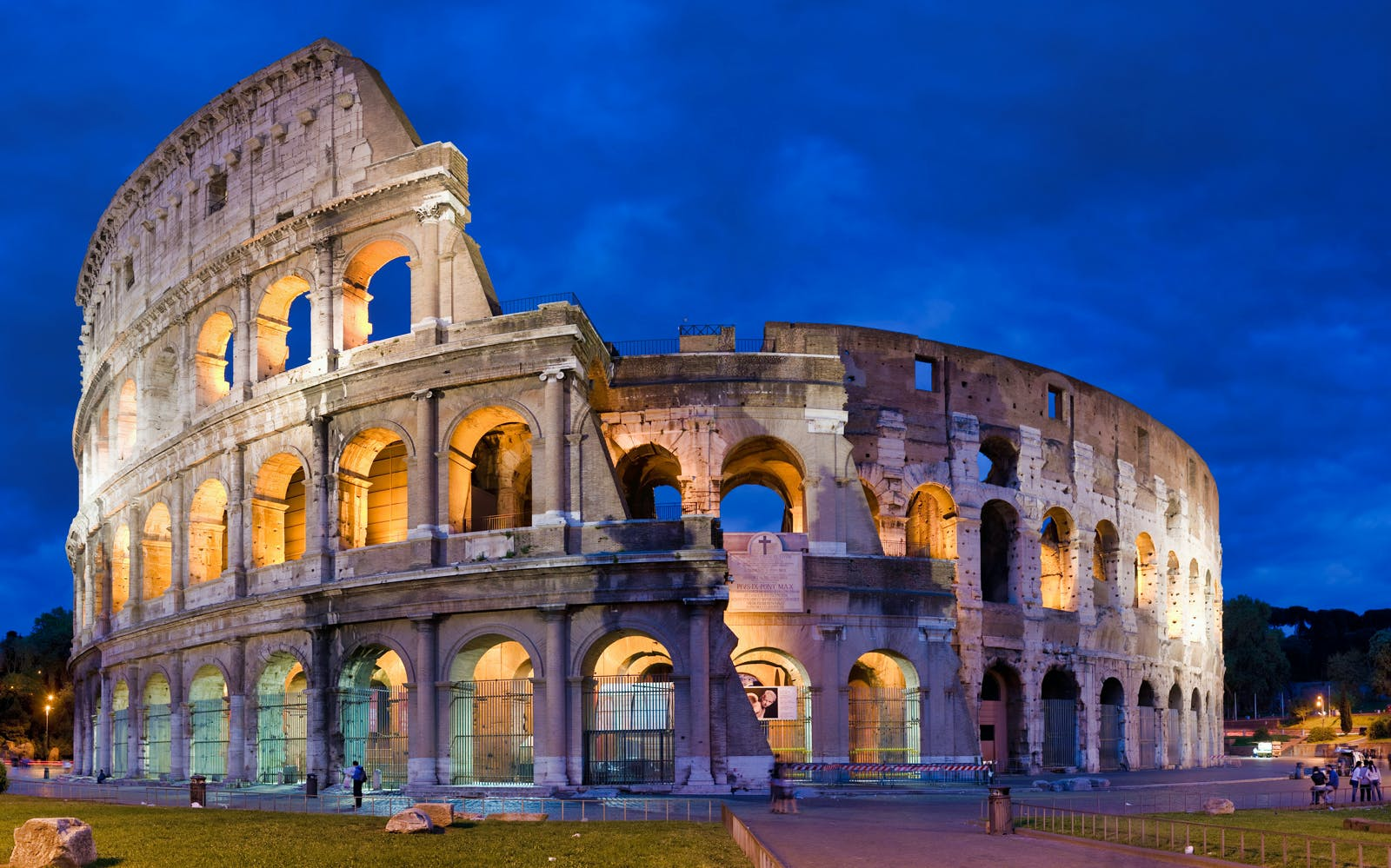 Rome in A Day Tour: Including Vatican, Colosseum and Historic Center