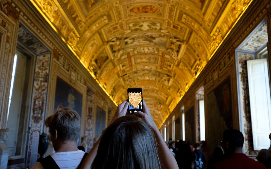 skip the line guided tour of the vatican museums, sistine chapel-0