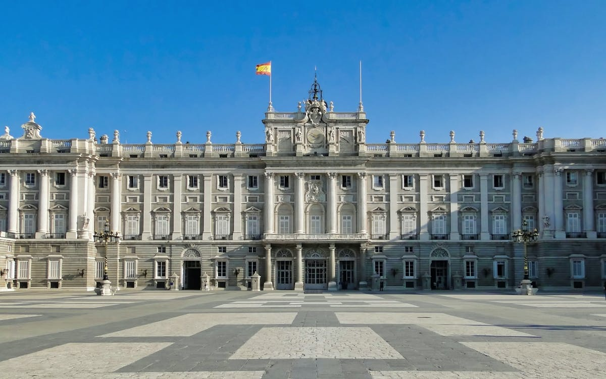 2 days tour to toledo & segovia + royal palace-5