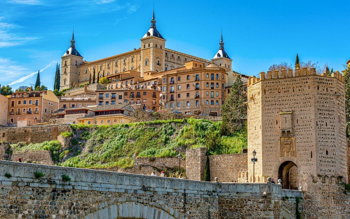 2-day guided tour from madrid: toledo, segovia, & royal palace of madrid-1