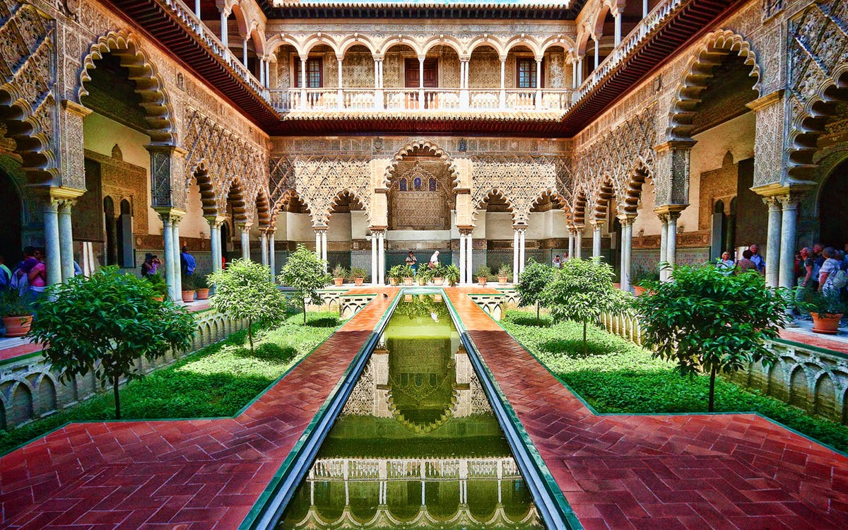 super combo: cathedral & alcazar of seville-1