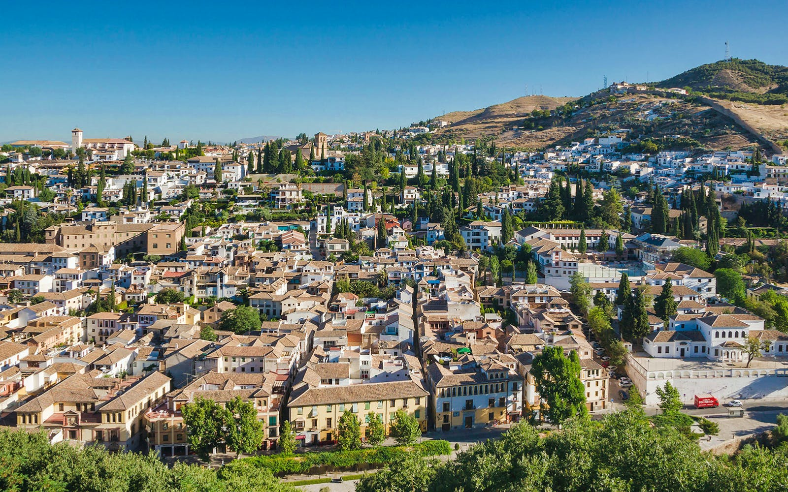 albayzin & sacromonte walking tour + granada city tour-2