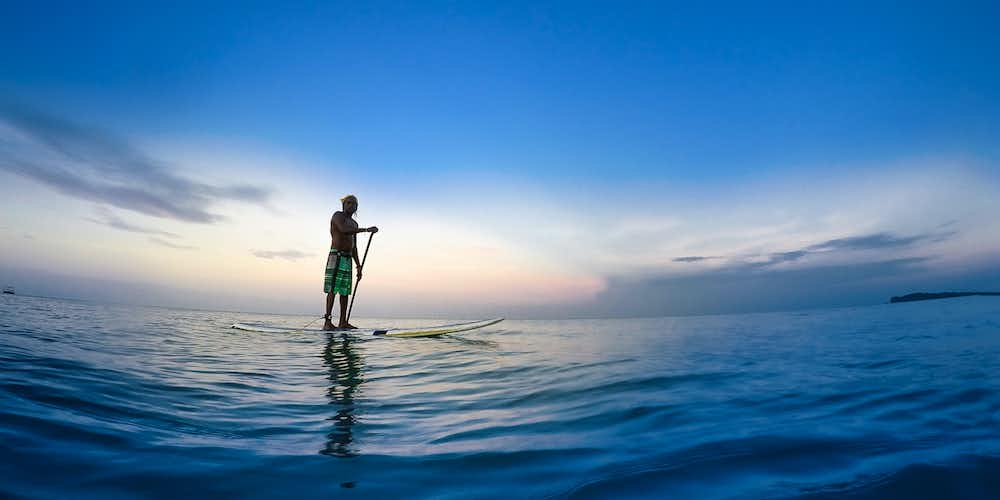 Water sports in Dubai - paddleboarding