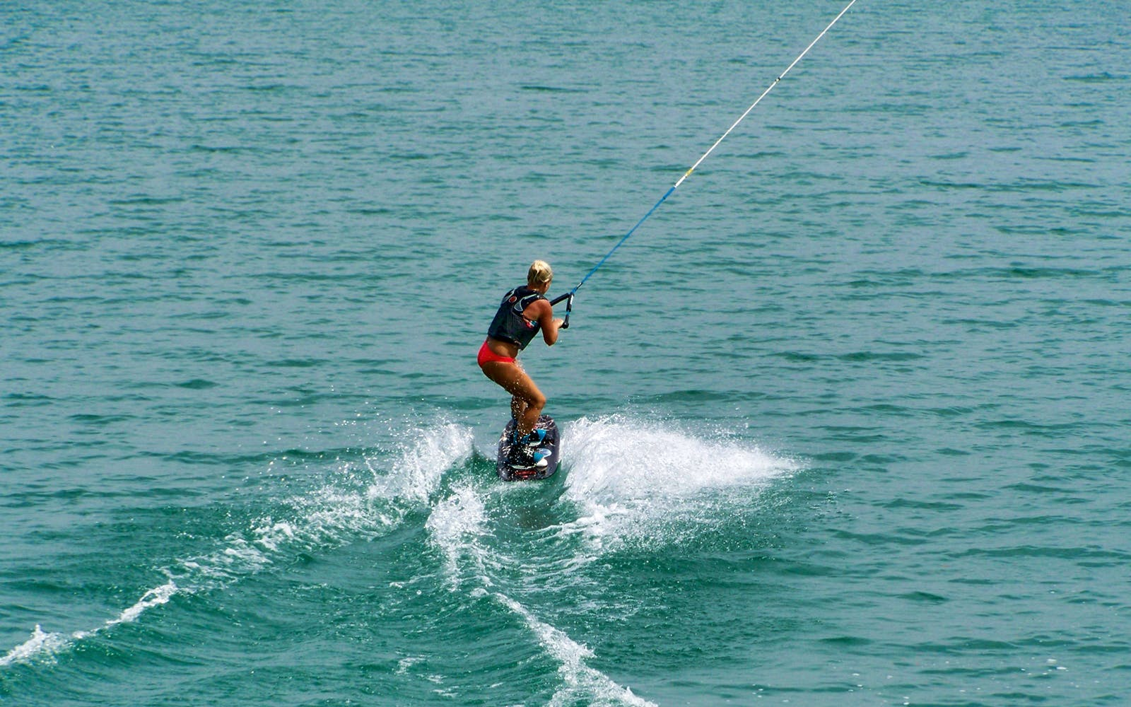 Water sports in Dubai - zup boarding