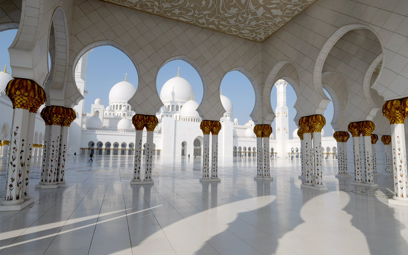 sheikh zayed grand mosque with fast track entrance with guided tour-4