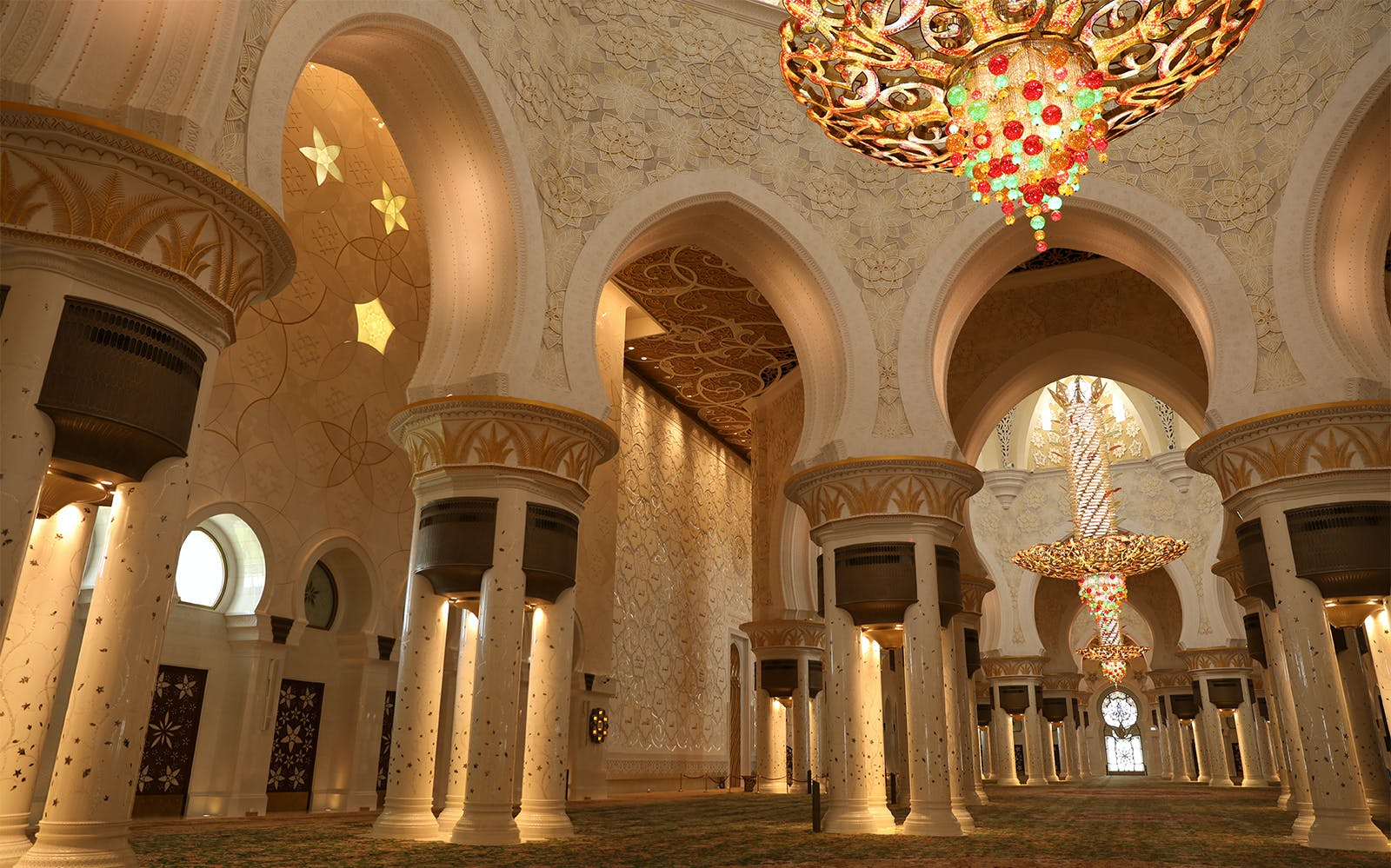 sheikh zayed grand mosque with fast track entrance with guided tour-5