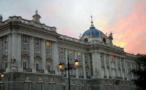 Guided Tour with Fast Track Access to the Royal Palace of Madrid