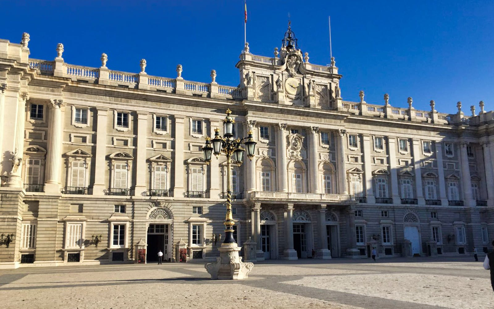 madrid's royal palace and el retiro park guided tour-2