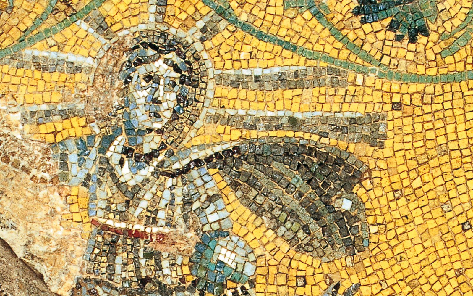 Vatican Necropolis Tour – Unearth Ancient Roman History Beneath St. Peter's Basilica