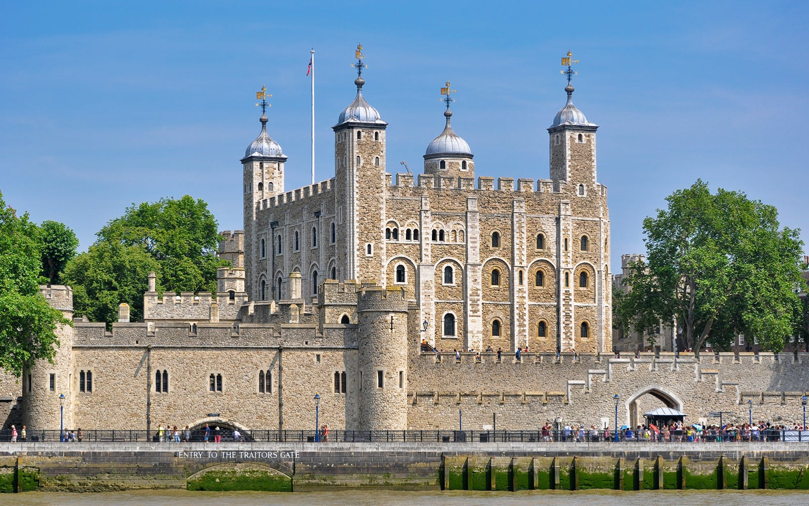tower of london tickets with london sightseeing tour-1