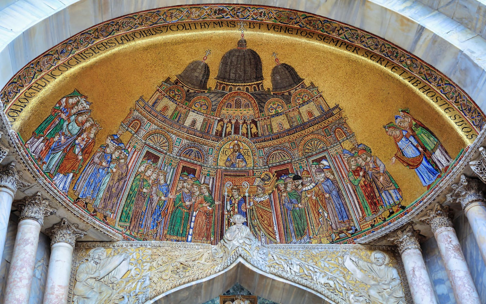 skip the line st. mark's basilica guided tour with gondola ride-5