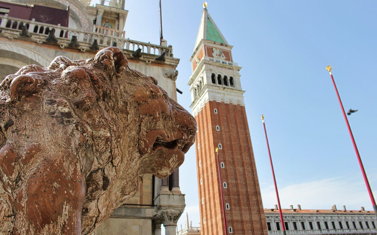 skip the line: guided tour of the doge's palace + the royal palaces-4