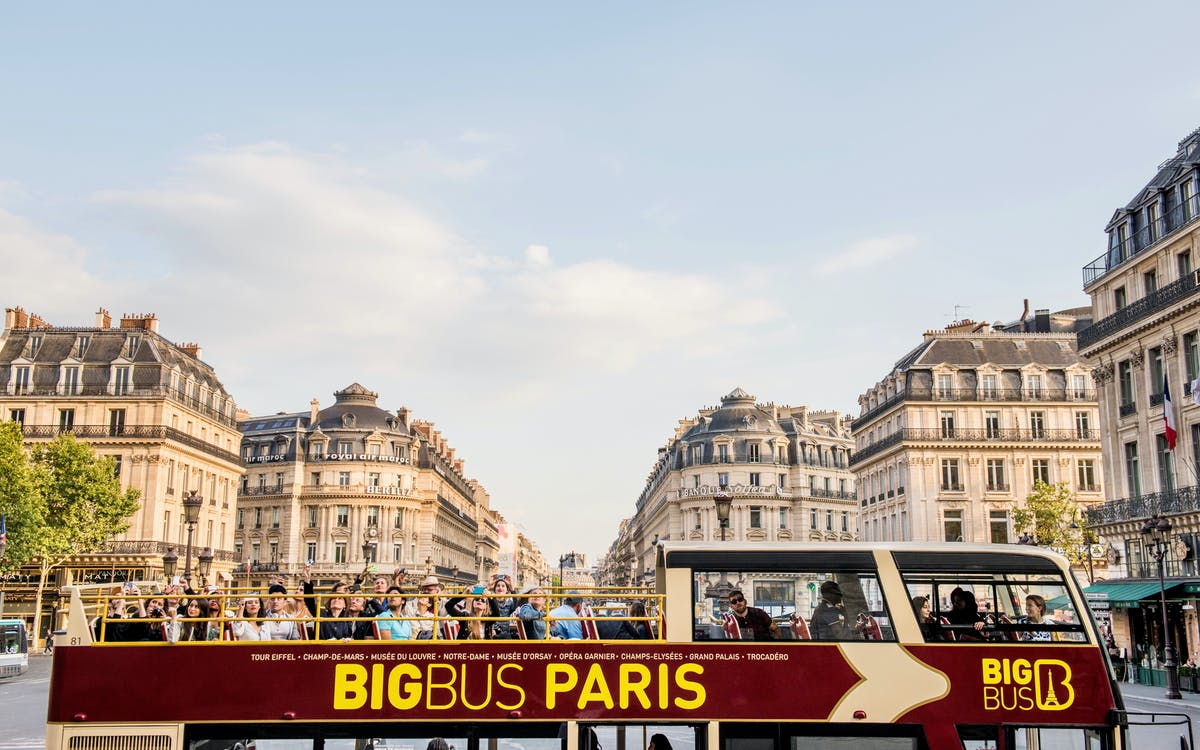 bigbus paris: 1 or 2 day hop-on-hop-off sightseeing bus tour-1