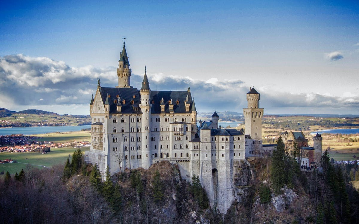 neuschwanstein, linderhof royal castle & oberammergau tour from munich-1